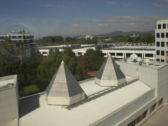 Crowne Plaza Hotel Canberra: 644 Top Floor