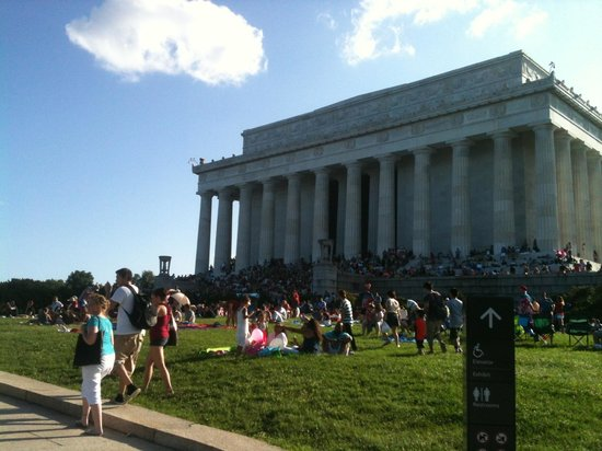 Lincoln Memorial: The Lincoln on the 4th of July