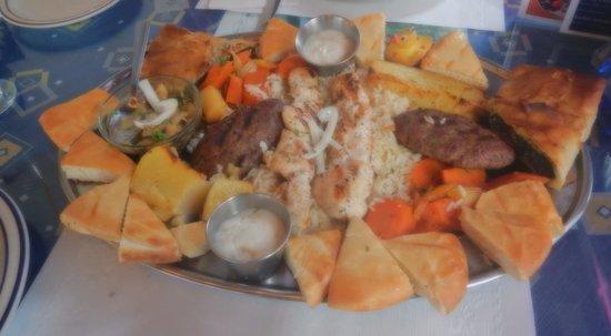 Minoas Greek Taverna: platter for 2 n ducky