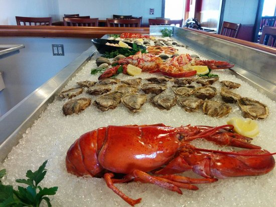 Cap'n Jack's Restaurant: The new raw bar