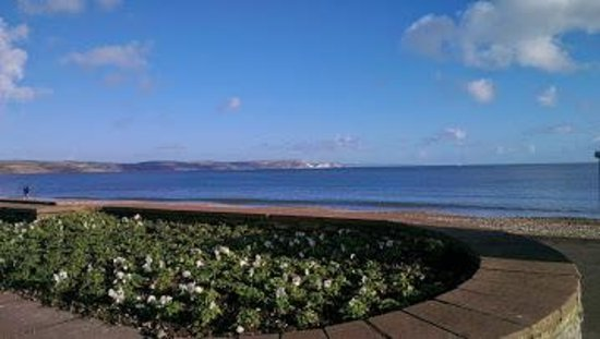 Channel View Guest House: Weymouth Bay from Channel View