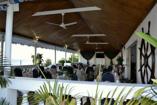 El Greco Resort : colazione fronte mare
