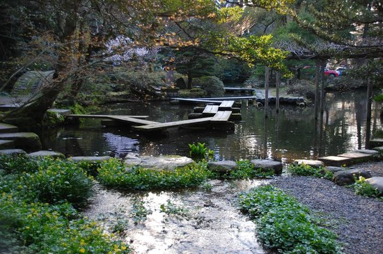 Oyama Shrine : Wooden footbridge