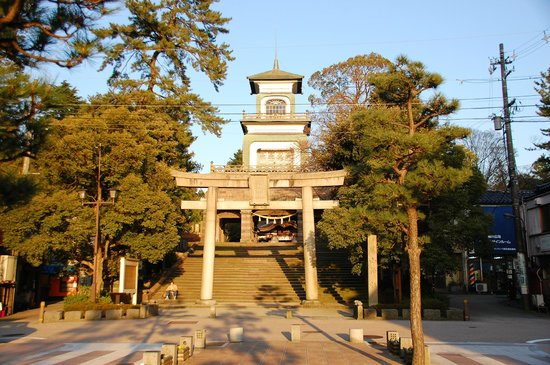 Oyama Shrine : Grand entrance from Korinbo