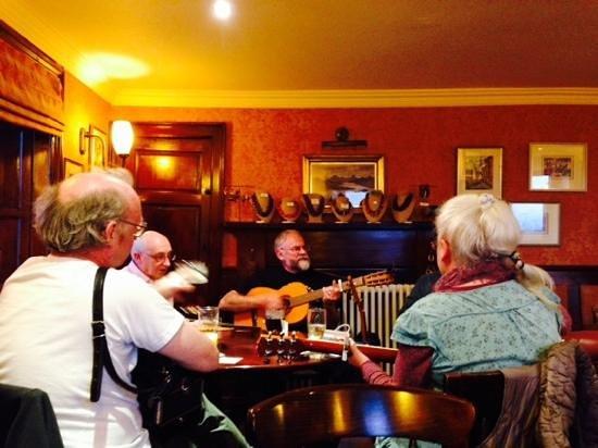 The Tavern at Strathkinness : Inolvidable y sorpresiva noche!