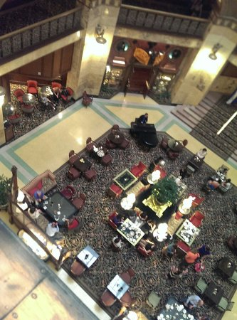 The Brown Palace Hotel and Spa, Autograph Collection: Looking down into the main room.