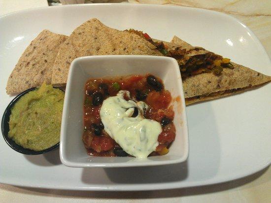 Silver Diner: Awesome whole grain black bean quesadilla!