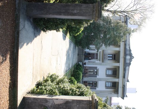 Belle Meade Plantation: front of the house