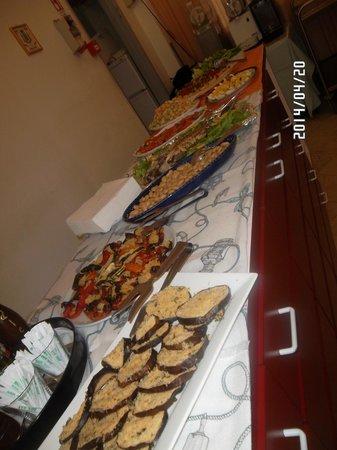 Hotel Gemma : Buffet di antipasti del pranzo di Pasqua
