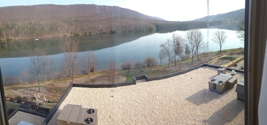 Rocky Gap Casino Resort: Another great view