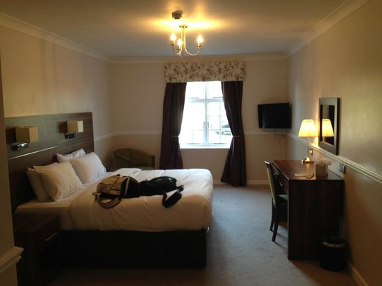 Bank House Hotel, Spa & Golf, BW Premier Collection: Good size rooms.