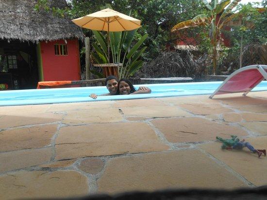 Eco Hostel Lujimba : Piscina