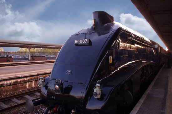 The Railway Touring Company: waiting at Taunton