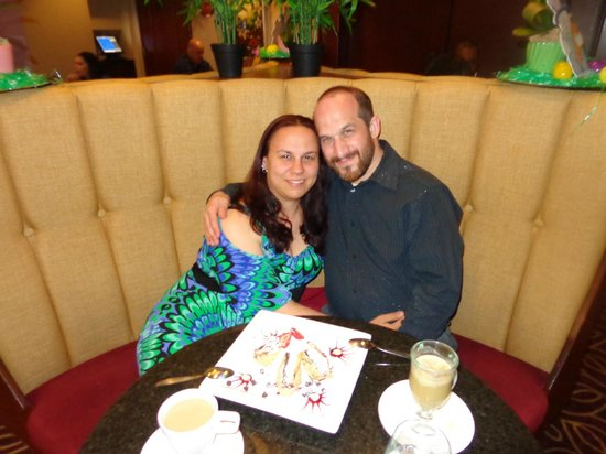 Viana Hotel & Spa, BW Premier Collection : Anniversary Dinner