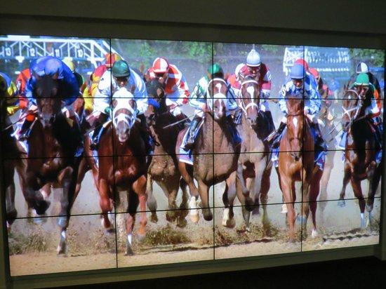 Kentucky Derby Museum: Large Screen