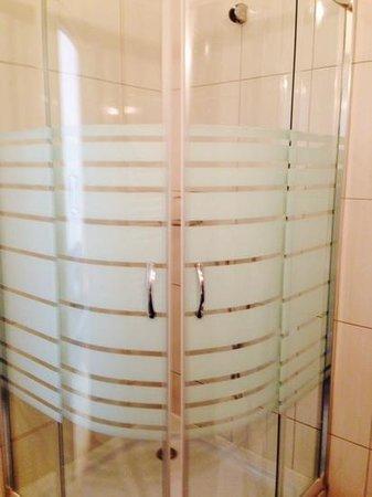 Maverick Hostel : great shower, plenty of hot water