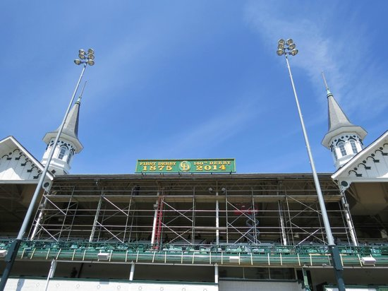 Kentucky Derby Museum: Getting Ready For Derby 140