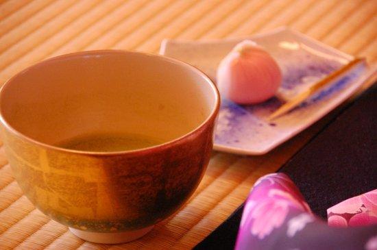 Shiguretei : Matcha and wagashi