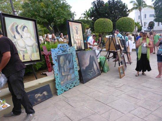 Art Walk at Gallery District SJC : the art walk, shops and restaurants