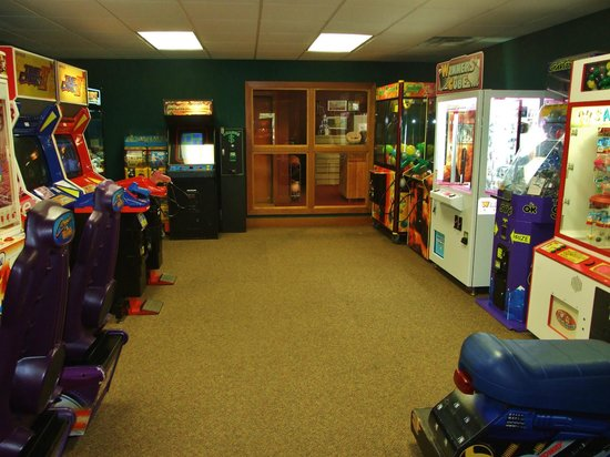 Wyndham Resort at Fairfield Sapphire Valley: Game room satisfies the pre-teen delights