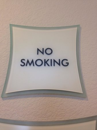 La Quinta Inn & Suites Las Vegas Airport South: Finally a non smoking hotel in Las Vegas