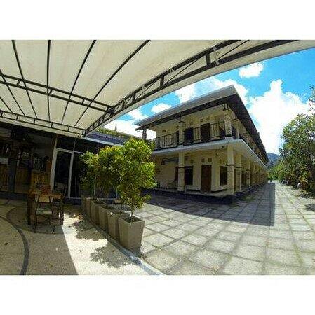Photo of Transit Hotel Senggigi