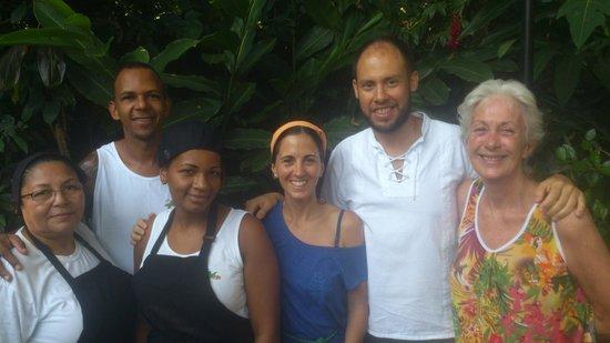 Aratinga Inn : Con Rennie y su gente maravillosa!