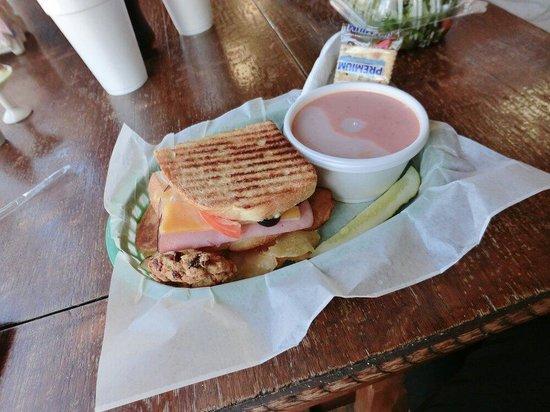 Gidget's Sandwich Shack: Ham Cheese sandwich