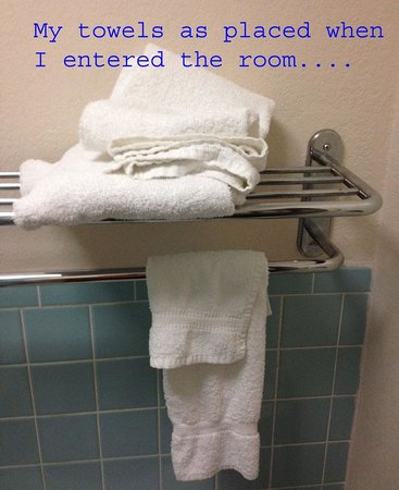 Old Hickory Inn : Towel Rack