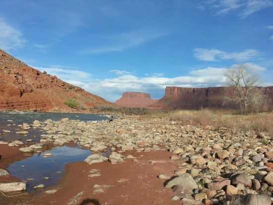 Red Cliffs Lodge: When I woke up, this was my view from my patio.