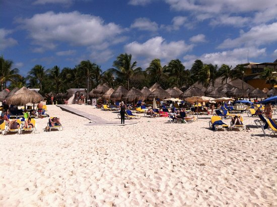 Iberostar Tucan Hotel: Beach