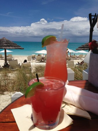 Seven Stars Resort & Spa : Watermelon margarita and a Grace Bay Iced Tea at The Deck