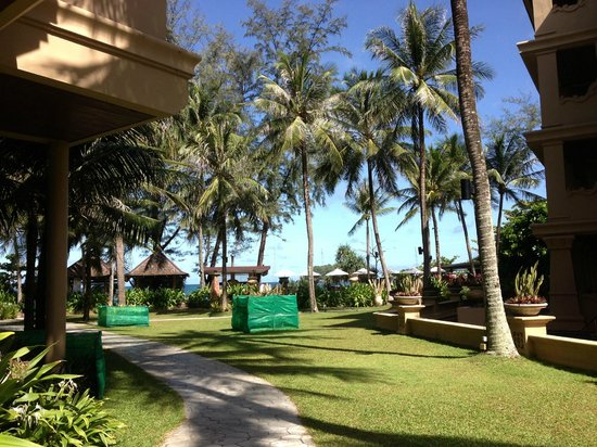 Beyond Resort Kata: Walking out from my room to the beach.