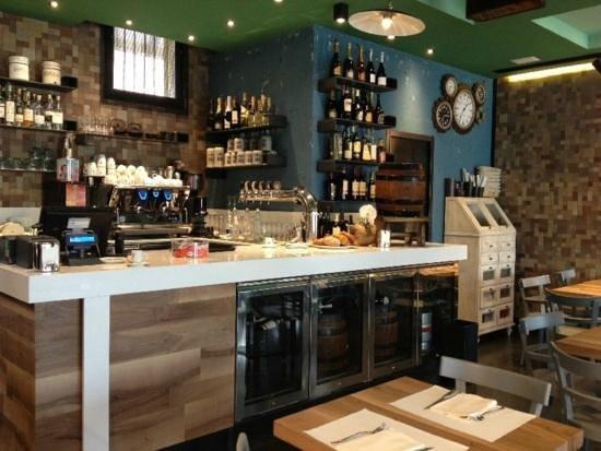 Le Torri - Pizzeria Cucina Caffetteria : Banco e Cella Birra