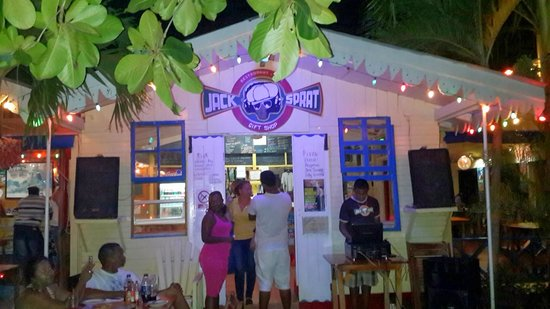 "Jack Sprat Seafood and Pizza : Jack Sprat vibes ""tun up"""