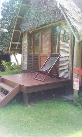Mango Bay Resort Fiji: beachfront bure