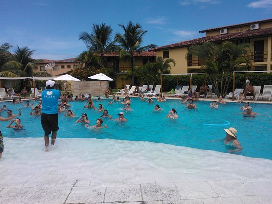 Resort La Torre: Recreação na piscina