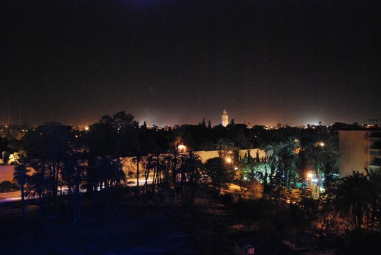 Hotel Le Grand Imilchil: Marrakesh from the rooftop