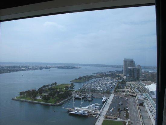 Hilton San Diego Bayfront: Daytime view