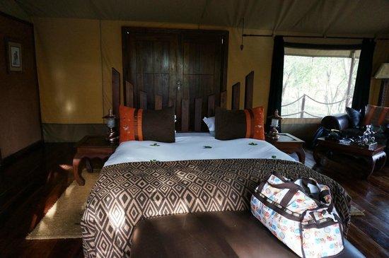 Serengeti Migration Camp: Bed