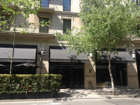 Alexandra Barcelona Hotel, Curio Collection by Hilton : Alexandra Hotel exterior
