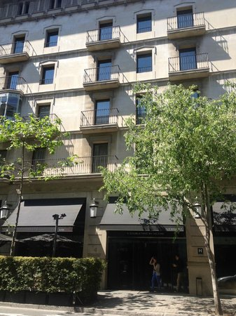 Alexandra Barcelona A DoubleTree By Hilton : Alexandra Hotel exterior