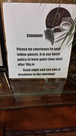 Hampton Inn & Suites Toledo-Perrysburg: Quiet Hours