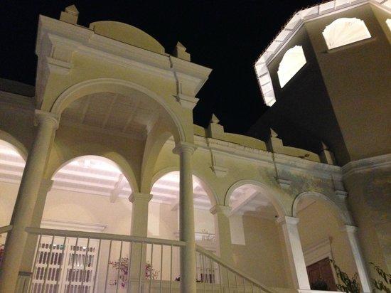 Astrid & Gastón: Casa Moreyra