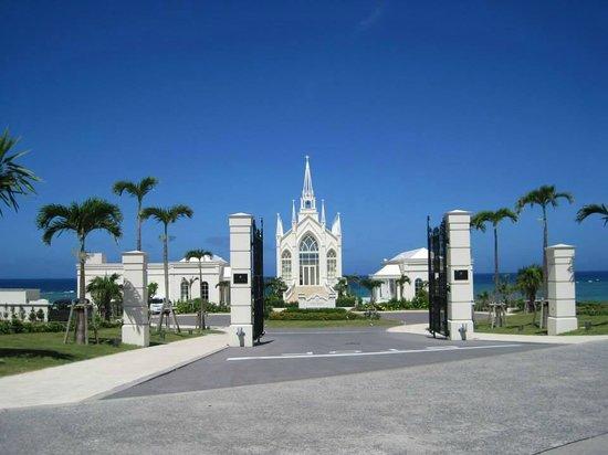 Hotel Nikko Alivila Yomitan Resort Okinawa: ホテルに併設されているチャペル