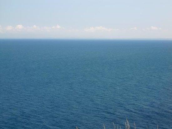 Yuhigaoka Observation Deck: 右前方に見えるのは・・・