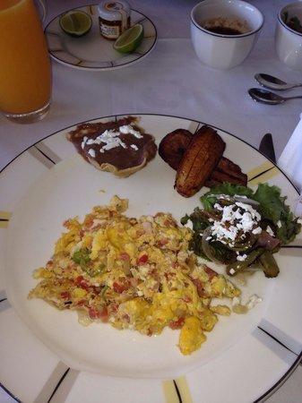 Presidente Inter-Continental Cozumel Resort & Spa: Room service breakfast
