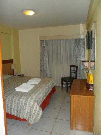 Hotel Internacional: Dormitorio