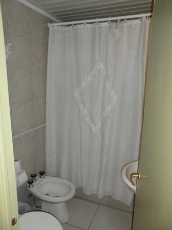 Hotel Internacional: Ducha con bañera