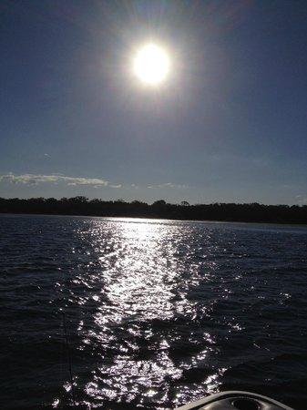 Tin Can Bay Motel : Boating in Tin Can Bay